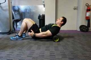 preparing to squat- Thoracic mobilisation position 2